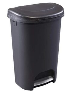 Rubbermaid plastic 13 gallon step trash can with best price