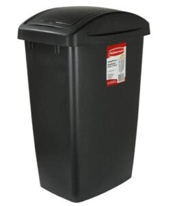 Rubbermaid black 13 gallon trash can for outdoor garage