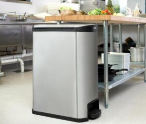 stainless steel vs plastic kitchen garbage can with 13 gallon capacity
