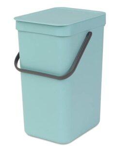 Brabanitia 4.2 gallon trash can with lid