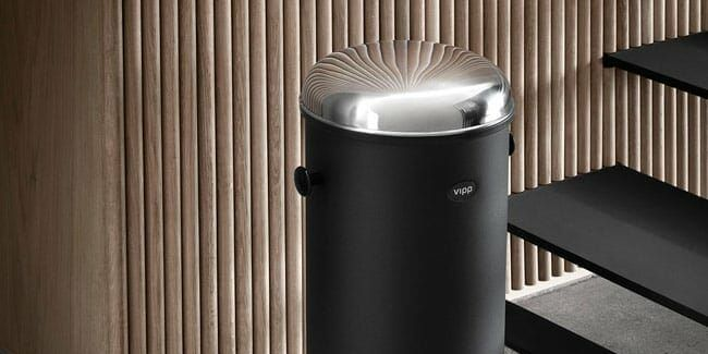 cheap 13 gallon trash can made of stainless steel