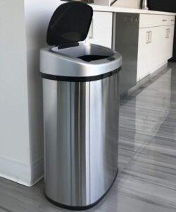 iTouchless 13 gallon metal hand free trash bin
