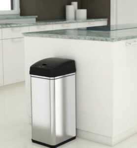 iTochless metal garbage bin with 13 gallon capacity