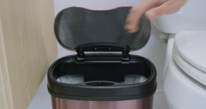 Ninestars waste bin with 13 gallon capacity